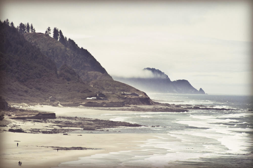 Oregon coast. Source: Flickr user melaniedoornbos