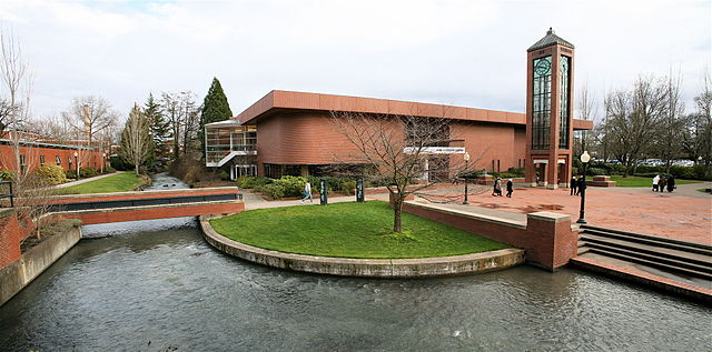 Mark Hatfield Library and stream on the campus of Willamette University.