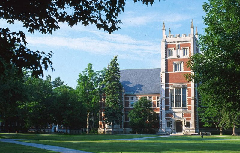 Hubbard Hall, Bowdoin College - Best Private Colleges