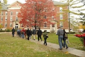 Here are some tips on how to plan your college visit