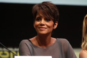Halle Berry - famous people who went to community college