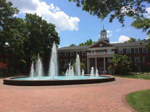 Top 25 Best Colleges in the Southeast - Elon University