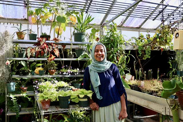 Explore college majors! You may find that you love a subject you never thought you would, like plant biology.
