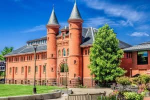 Top 25 Best Medium-Sized Colleges - Wesleyan University