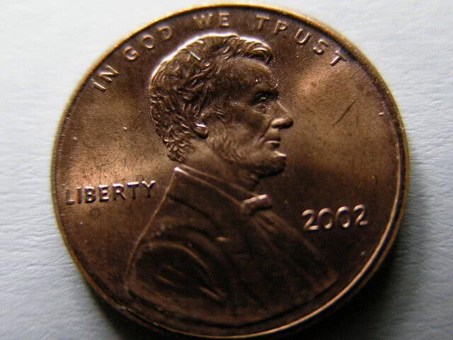 2002 Lincoln Memorial cent close-up.