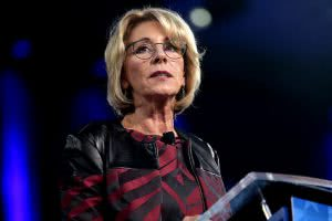 The Education Department's reform federal student loan system fell through