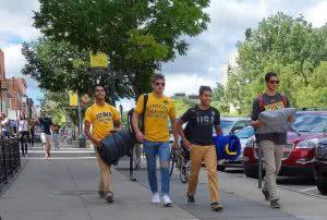 University of Iowa students considering Iowa Student Loan