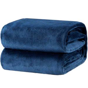 Bedsure flannel blanket cozy dorm room