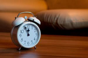 An alarm clock - there are many benefits to submitting scholarship applications early