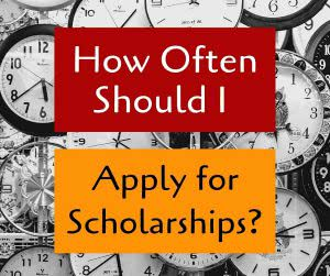 Clocks with text: Applying For College Scholarship